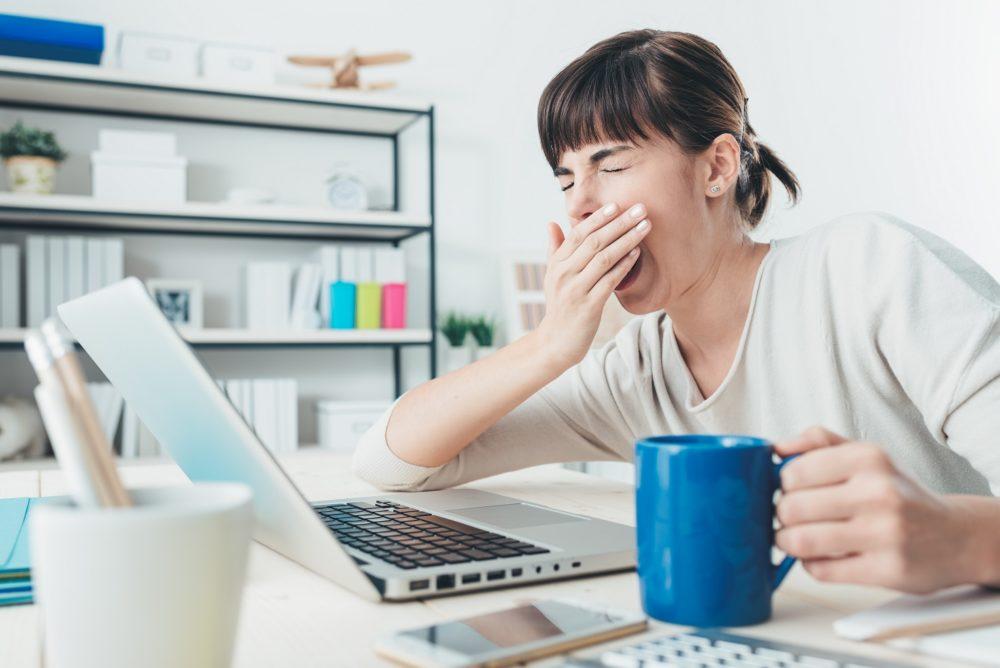 علل خستگی دائمی بدن و درمان با طب سنتی
