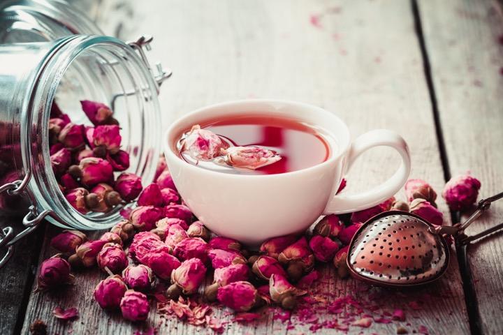 خواص گل محمدی و دم نوش آن در طب سنتی
