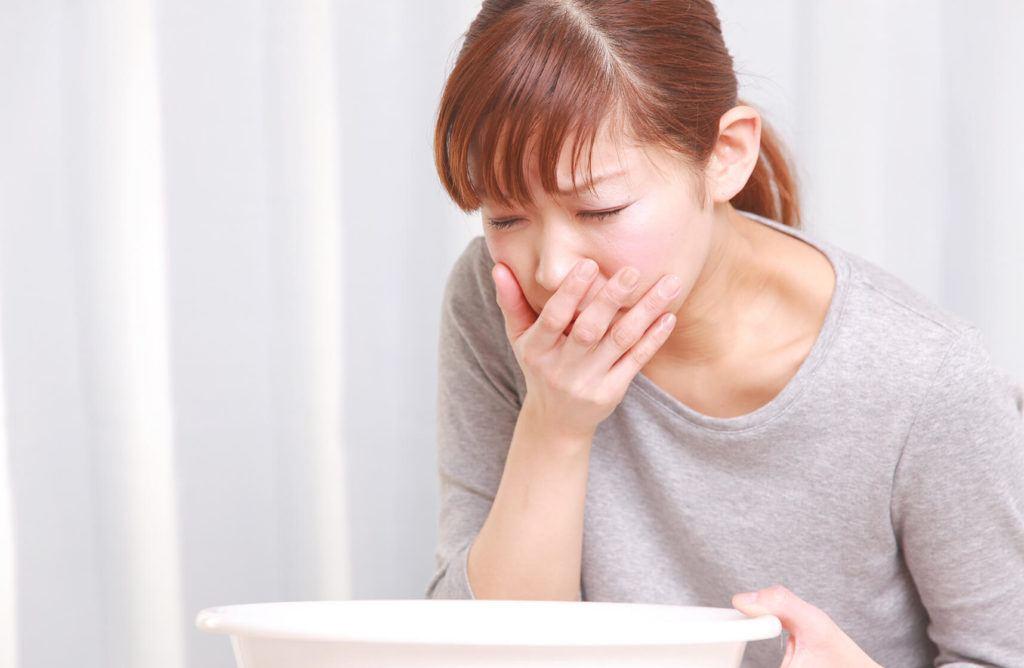 درمان حالت تهوع قبل از پریود در طب سنتی